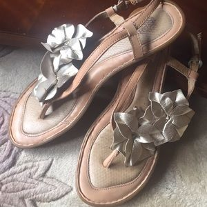 Born Golden blossom sandals